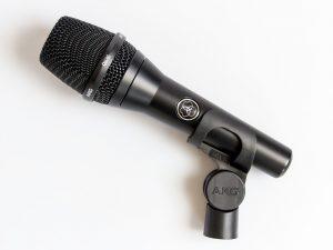 AKG C636 Mikrofon mit Klammer